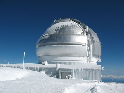 Gemini North Observatory on Mauna Kea struggles to dig out from snow and bureaucratic nightmares