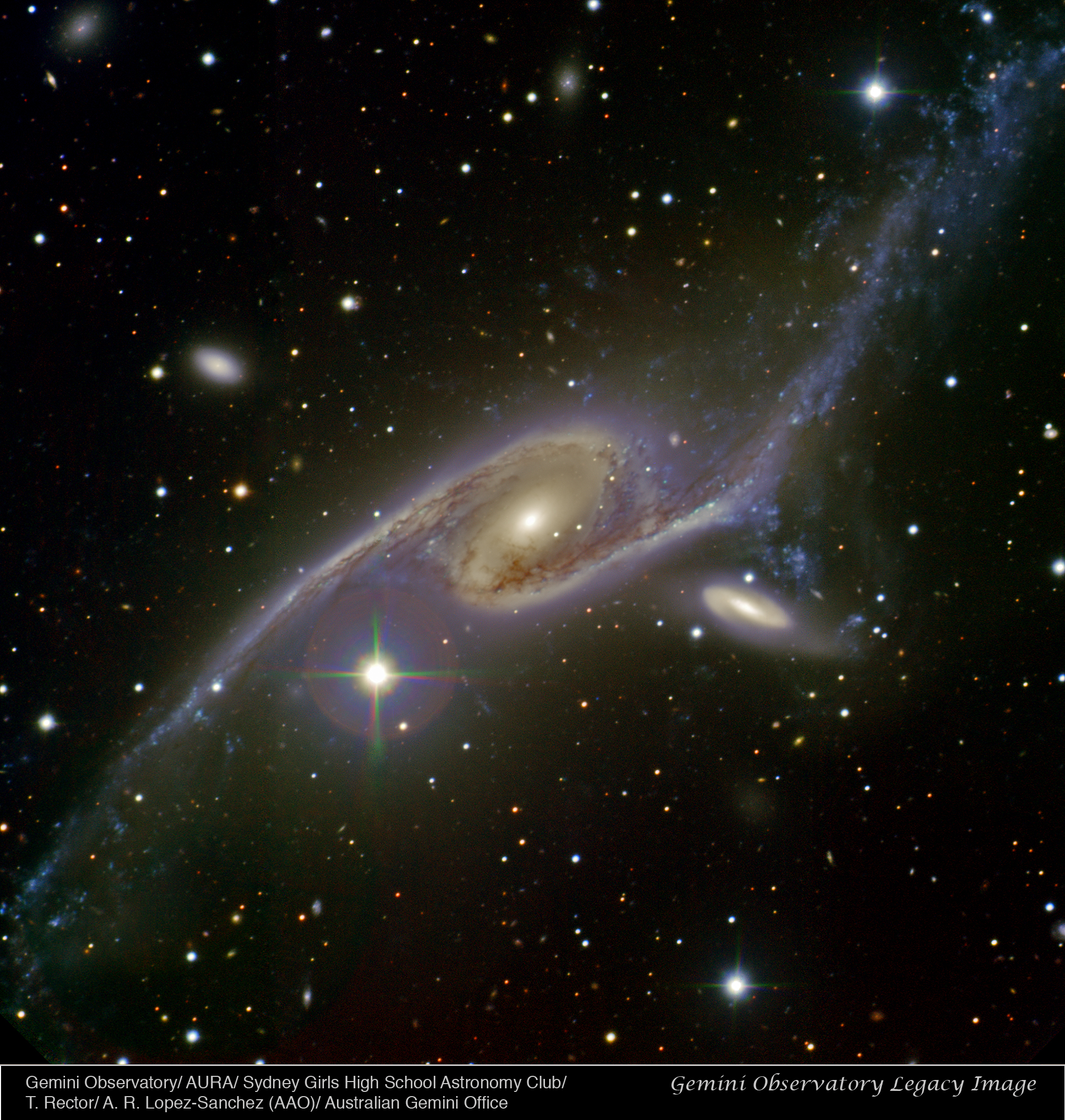 Dancing Galaxies Ngc 6872 Amp Ic 4970 Gemini Observatory
